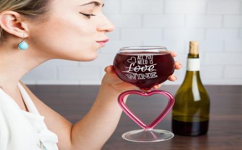 Чаша за Вино със Столче – Сърце (400Мл.)