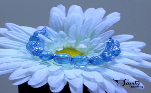 Красива Синя Гривна с Рисувани Мъниста