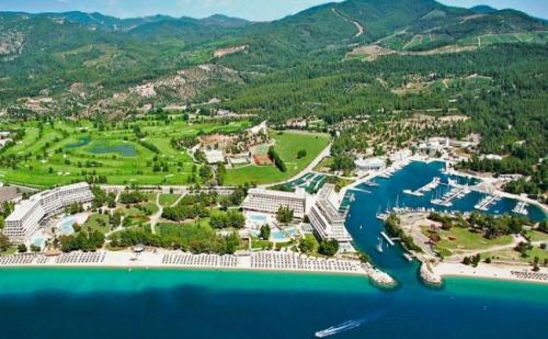 Великденски Празници в Гърция, в Петзвездния Sithonia Porto Carras 5* - 2 Нощувки на База All Inclusive