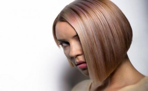Подстригване+ терапия на косата + сешоар само за 13.90 в Beauty studio Danny