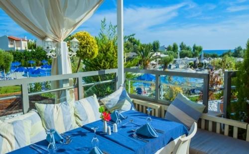 Супер Промоция за Петзвездния Хотел Anastasia Resort & Spa 5*, 5 Нощувки на База Ultra All Inclusive, 2 Деца Безплатно!