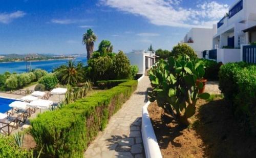 Промо Цена за 10-15 Юни на Остров Амуляни, в Еко Х-Л Agionissi Resort 4*- 5 Нощувки, Закуски и Вечери!