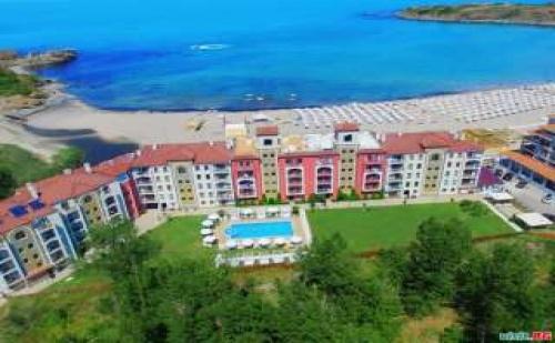Лято 2018 на Първа Линия на Плаж Нестинарка, Стая Изглед Море Юли и Август в Примеа Бийч Резиденс, Царево