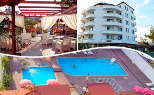 Цяло Лято в Реновирания Хотел Алба Фемили Клуб, <em>Приморско</em>! Нощувка, Закуска и Вечеря + Басейн на Цени от 33 лв.