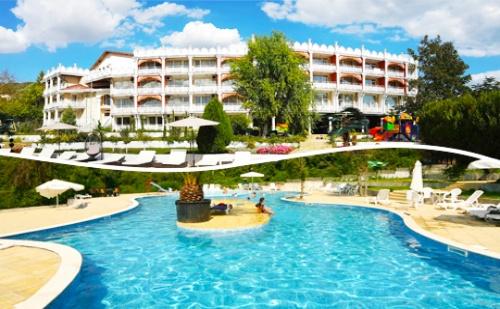 Цяло Лято Лукс и Спа в <em>Балчик</em>! Нощувка със Закуска + Басейн и Спа в Hotel Elit Palace and Spa