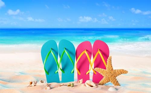 Лято на 100М. от Плажа в Китен. Нощувка със Закуска и Вечеря в Реновирания Хотел Албатрос