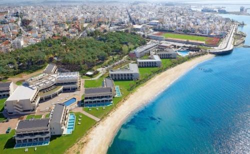 Морска Почивка в Grand Hotel Egnatia 4*, Александруполис - 5 Нощувки с Включени Закуски и Вечери + Деца Безплатно!