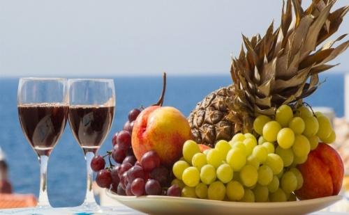 Лятна Почивка на Промо Цена, през Юли или Август в Loutra Beach Hotel 3* на Касандра, Халкидики - 5 Нощувки със Закуски и Вечери