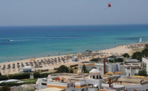 Самолетна Почивка в Тунис на Супер Цена! 7 Нощувки на All Inclusive в Club Le President 3*!