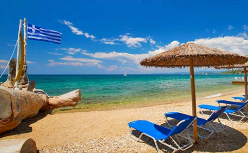 Слънчев Уикенд в Перлата на Егейско Море – <em>Кавала</em>! Транспорт + Нощувка със Закуска от Еко Тур Къмпани