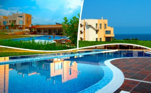 Лято в <em>Лозенец</em>! Нощувка в Апартамент за до Шестима в Seagarden Villa Resort