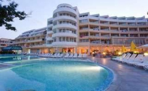 За Края на Лятото в <em>Слънчев бряг</em>, 7 Дни All Inclusive с Безплатна Нощувка в Хотел Сън Палас