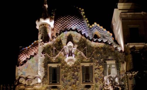 Прекарайте Една Незабравима Коледа с Нашето Предложение: 6 Дневна Самолетна Екскурзия до Барселона и Валенсия, Нощувки със Закуски в Хотели 3*, Богата Екскурзоводска  ...
