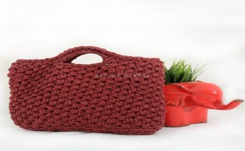 Малка Ръчно Плетена Дамска Чанта