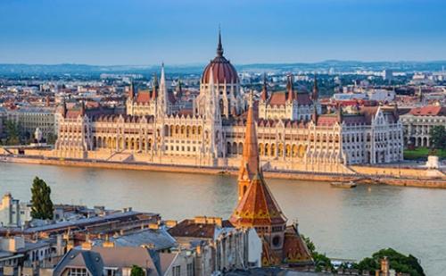Екскурзия до Будапеща - Перлата на Дунава! 4 Дни, 3 Нощувки със Закуски, Самолетен Билет и Туристическа Програма в Унгария!