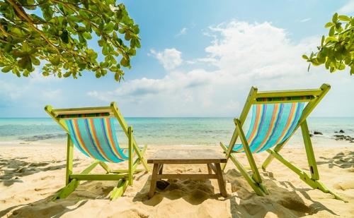 Супер Цена за Море на 100М. от Плажа в Китен. Нощувка със Закуска и Вечеря в Хотел Албатрос