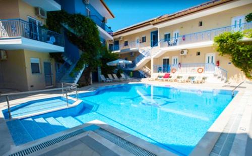 Септември в Афитос, Гърция! Нощувка със Закуска + Басейн в Хотел Stratos!
