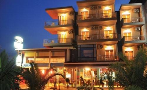 През Септември: 3 Нощувки със Закуски и Вечери в Хотел Porto Del Sol 3*, <em>Олимпийска Ривиера</em>, Гърция!