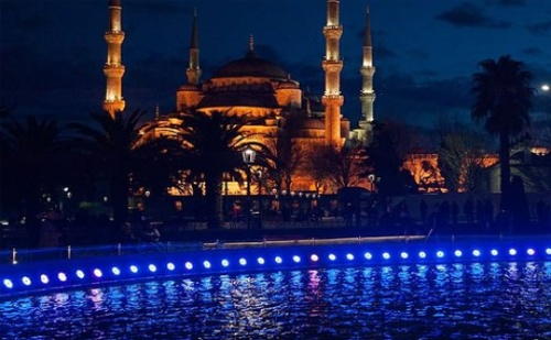 22.09 в <em>Истанбул</em> в Хотел Buyuk Sahinler 4*. Транспорт, 2 Нощувки със Закуски + Посещение на Чорлу и Одрин и Богата Туристическа Програма от Караджъ Турс