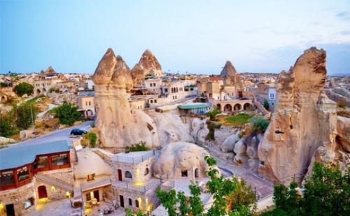 За Септемврийските Празници или през Октомври Екскурзия до Кападокия! Транспорт, 4 Нощувки със Закуски + Туристическа Програма в Коня, Бурса, <em>Истанбул</em> и Акшехир от Абв  ...