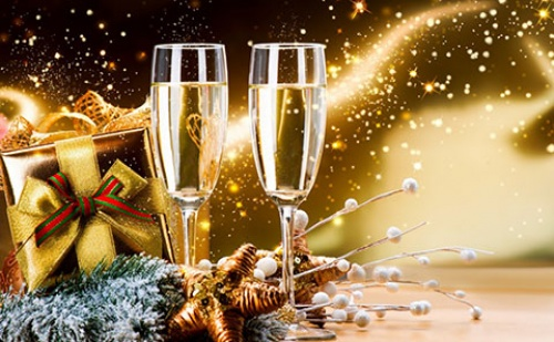 Нова Година в Гърция: 2 Нощувки със Закуски и Вечеря + Гала Вечеря в Хотел Golden Star City Resort 4*, <em>Солун</em>!