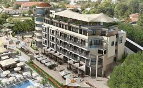 All Inclusive с Минерален Басейн, Специални Цени до 28.12 от Royal Grand Hotel and Spa, Каварна