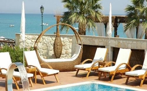 Ранни Резервации: 6 Нощувки, All Inclusive в Хотел Possidi Paradise 4*, <em>Халкидики</em>, Гърция през Май и Юни!
