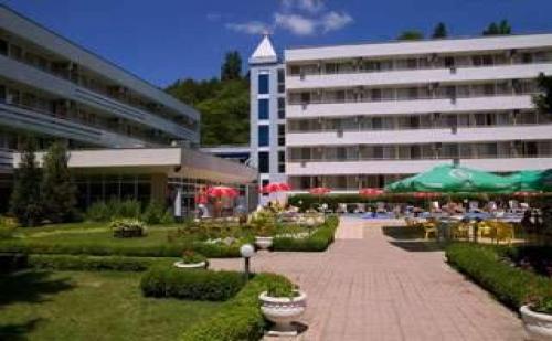 All Inclusive Лято 2019 в Албена, Оферта до 08.07 с Чадър и Шезлонг на Плажа от Хотел Оазис