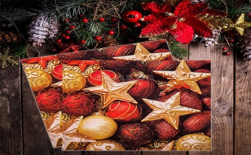 Коледни Салфетки с Топки за Елха