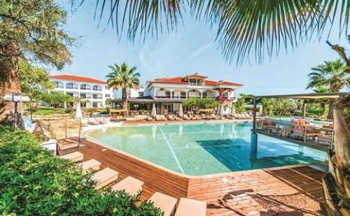 Ранни Резервации: 3 Нощувки със Закуски и Вечери в Хотел Flegra Palace 4*, Халкидики, Гърция през Май!