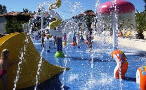 3 Нощувки Ultra All Inclusive в Луксозния Хотел Cronwell Platamon Resort 5*, Олимпийска Ривиера, Гърция през Април и Май! Две Деца до 15.99Г. - Безплатно!