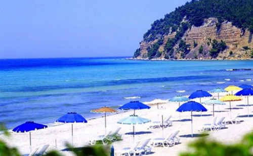 Ранни Резервации: 3 Нощувки със Закуски и Вечери в Хотел Simantro Beach 5*, <em>Халкидики</em>, Гърция през Май и Юни!