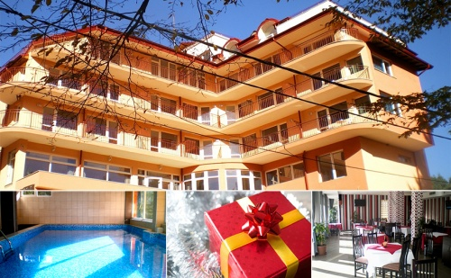 Коледна Спа Почиквка в Хотел Костенец. 2 или 3 Нощувки със Закуски и 2 Празнични Вечери + Басейн и Спа с Минерална Вода.