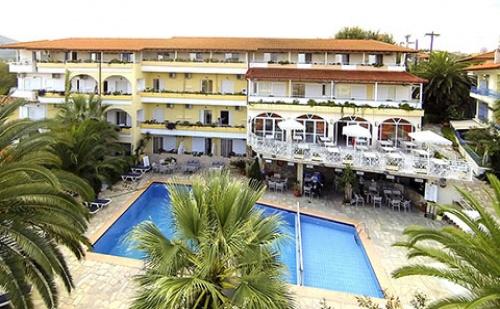 Ранни Резервации: 7 Нощувки със Закуски и Вечери в Хотел Tropical 3*, <em>Халкидики</em>, Гърция през Юни и Юли!