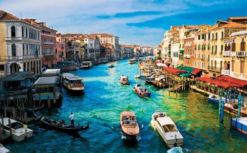 Екскурзия до <em>Загреб</em>, Верона и Венеция с Дати по Избор! Транспорт + 3 Нощувки със Закуски и Възможност за Шопинг в Милано!
