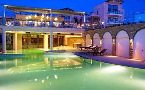 Ранни Резервации: 3 Нощувки със Закуски и Вечери в Хотел Istion Club 5*, <em>Халкидики</em>, Гърция през Май!