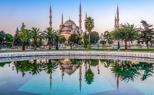 Уикенд в <em>Истанбул</em> през Януари! Транспорт + 2 Нощувки със Закуски в Хотел No Name 2/3* и Посещение до Чорлу с Абв Травелс!