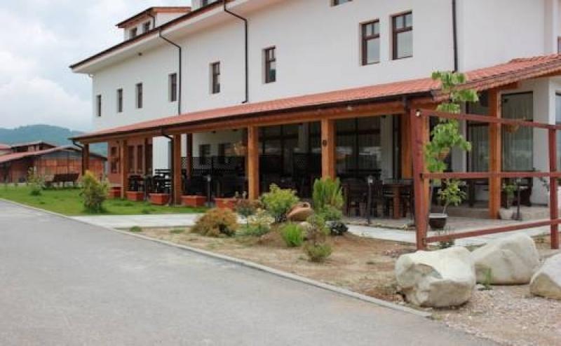 Почивка за Двама в Хотел Подковата, Етрополе