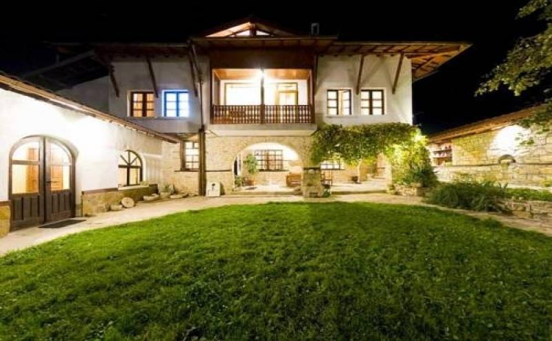 Почивка за Двама в Arbanasi Deluxe Villa, Арбанаси