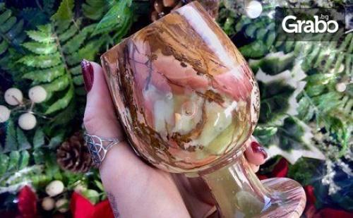 Подарък от естествен оникс - 2 или 4 винени чаши - без или със сърце, пирамида или ваза