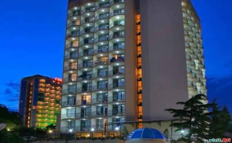 Семейна Почивка 2019 в Златните, All Inclusive до 04.07 в Хотел Шипка, Зл. Пясъци