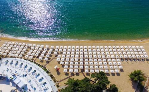 Ранни Записвания Гърция, 3 Дни за Двама All Inclusive в Bomo Tosca Beach