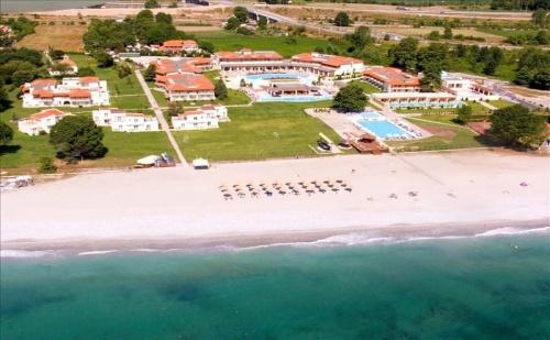 Ранни Записвания Гърция, 3 Дни Полупансион за Двама от 24.05 в Dion Palace Resort & Spa