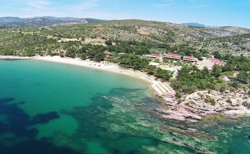 Ранни записвания Гърция, 3 дни за двама от 24.05 в Royal Paradise Beach Resort & Spa