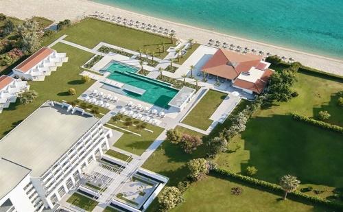 Ранни Записвания Гърция, 3 Дни за Двама със Закуска в Grecotel Pella Beach