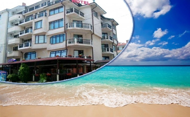 Цяло Лято в <em>Равда</em> само на 50 М. от Плажа. Нощувка или Нощувка със Закуска  в Хотел Мари