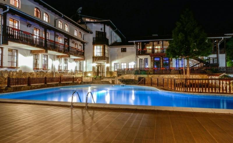Почивка за Двама в Hotel Alfaresort Chiflika, Чифлик