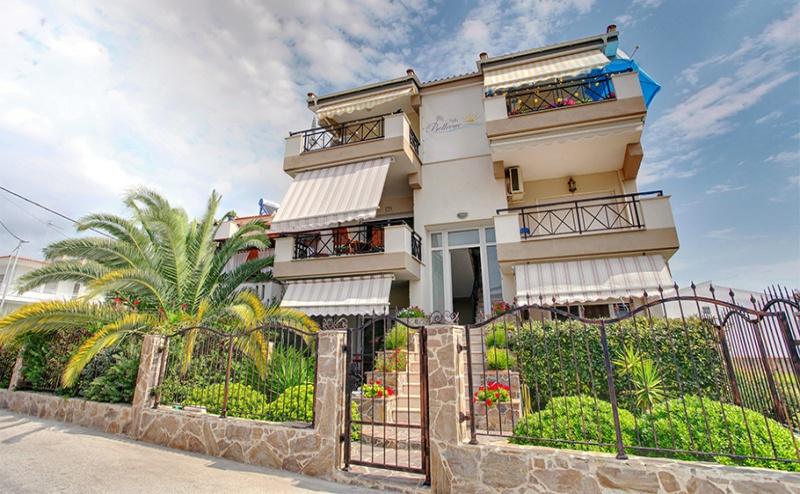 Пролетна Почивка в Гърция, на 50М. от Плажа! 3 или 5 Нощувки в Апартамент или във Фамилна Къща в Stayinn Keramoti Vacations Apartments, <em>Керамоти</em>!