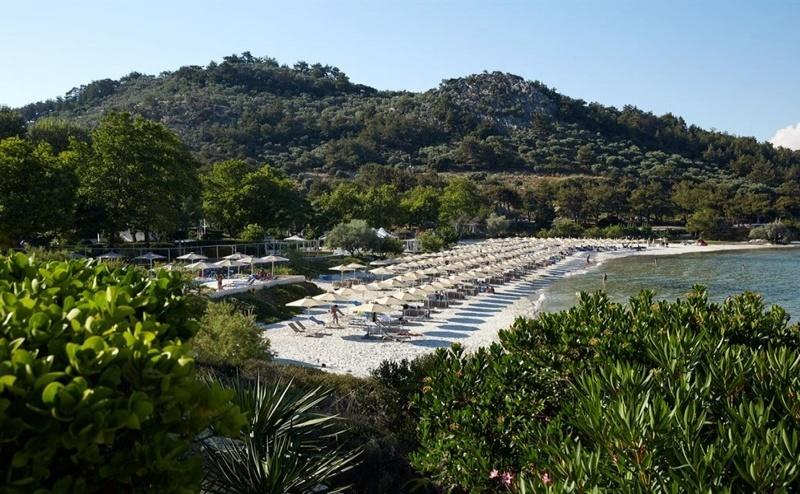 Ранни Записвания Гърция, 5 Дни за Двама Полупансион в Makryammos Bungalows