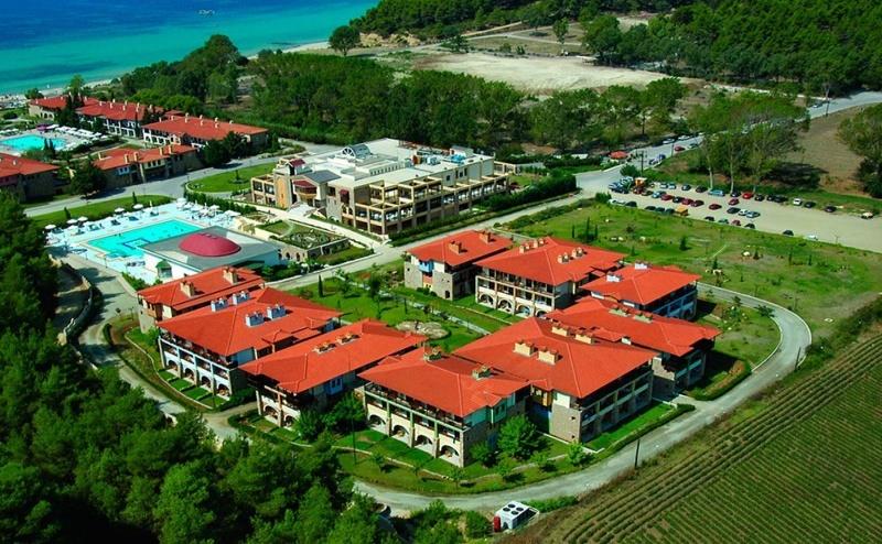 Ранни Записвания Гърция, 5 Дни за Двама Полупансион в Simantro Beach Hotel